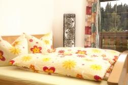 Gemütliche und sonnige Schlafzimmer
